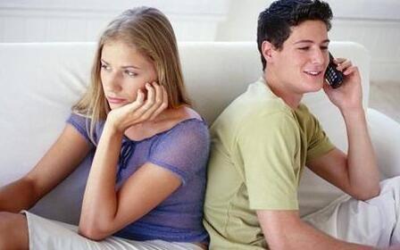 已婚女人出轨的表现_已婚女人出轨的表现_已婚女人精神出轨的表现