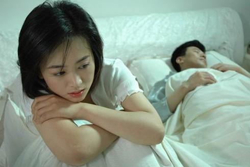 40多岁的女人婚外情_女人婚外情的后果_结束婚外情女人痛苦吗