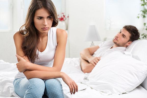 出轨的老公_女人出轨后老公不理她为了小孩不离婚但是还有话聊_老婆出轨老公怎么办
