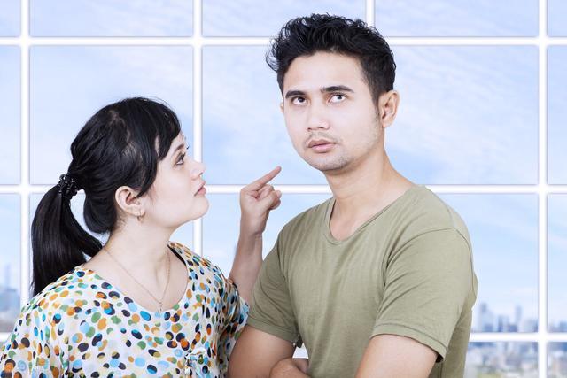 一个出轨女人的自白妻子出轨小说_我出轨怎么办_丈夫出轨得了抑郁症什么办
